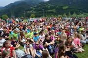 Hunderte Kinder werden zum Schulsporttag erwartet. (Archivbild Romano Cuonz / Neue LZ)