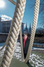 Sie sorgt dafür, dass die katholische Kirche mit der Basis verbunden bleibt: Synodalratspräsidentin Annegreth Bienz-Geisseler (53) am Sitz der Landeskirche in Luzern. (Bild: Eveline Beerkircher, 14. Februar 2018)