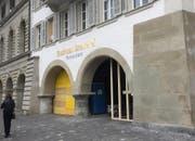 Derzeit geschlossen: Eingang zur Rathaus Brauerei (Bild: René Meier)