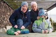 Renate Fischer (links) und ihre Buben, Lenny und Matteo, zusammen mit Sabrina Zanatta. (Bild: Dominik Wunderli (Geuensee, 23. Januar 2018))