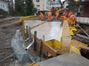 Bauarbeiten an der Brücke über den Mühlebach in Stansstad. (Bild: pd)