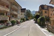Bei der Baumgartenstrasse handelt es sich um eine Quartierstrasse in der Tempo-30-Zone ohne Fussgängerstreifen. (Bild: Google Maps)