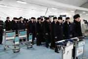 Eine nordkoreanische Delegation aus Sportlern und Funktionären trifft im südkoreanischen Gangneung ein. (Bild: Jeon Heon-Kyun-Pool/Getty (Gangneung, 1. Februar 2018))