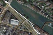 Zwischen Geissmattbrücke und Pfistergasse baut die Stadt Luzern eine neue Veloverbindung. (Weisser Pfeil) (Bild: Maps.google.ch)
