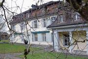 Im Salesianum in Zug sind zurzeit Flüchtlinge untergebracht. (Bild: Werner Schelbert (23. Februar 2018))