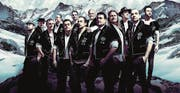 Die erfolgreiche Gruppe Heimweh: Ein Männerchor im Trachtenlook, kein Jodlerchor – mit starker Zentralschweizer Beteiligung. (Bild: PD)