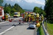 Die Unfallstelle auf der A8. (Bild: Kapo Obwalden)