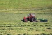 4 Franken mehr pro Jahr für einen Traktor (pauschal), das heisst 91 statt 87.