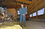 Hanspeter Egli ist es wichtig, täglich im Stall arbeiten zu können. (Bild Andrea Schelbert)