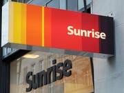 Der Schweizer Telekommunikationskonzern Sunrise erhält einen neuen Mehrheitsaktionär: Die deutsche Freenet übernimmt den 23,8-Prozent-Anteil von CVC Capital Partners. (Archivbild) (Bild: KEYSTONE/STEFFEN SCHMIDT)