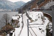 Dieser Gleisabschnitt muss mit einer temporären Strasse «überdacht» werden. (Bild: Franz Steinegger (Brunnen, 10. Januar 2017))