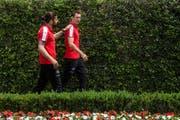 Ricardo Rodriguez (links) und Stephan Lichtsteiner laufen derzeit ihrem Leistungsvermögen deutlich hinterher. (Bild: Keystone / Gabriele Putzu)