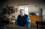 Das Bild von Reto Oeschger zeigt Jürg Jegge nach den Vorwürfen des sexuellen Missbrauchs von Jugendlichen als «gebrochenen Mann». (Bild: Swiss Press Photo/Reto Oeschger für SonntagsZeitung)