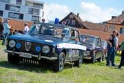 In die Jahre gekommen, aber gut erhalten ist dieses italienische Polizeifahrzeug der Marke Alfa-Romeo. (Bild: Maria Schmid)