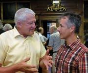 Präsident Klaus Odermatt (l.) im Gespräch mit dem neuen Vizepräsidenten René Hürlimann. (Bild: Richard Greuter (Stans, 19. Juni 2017))
