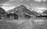 Das einstige Dorf in der Göscheneralp auf 1715 Meter über Meer musste in den Fünfzigerjahren dem Stausee weichen. Die Bewohner verloren ihre vertraute Heimat. (Bild: PD (Göscheneralp, vor 1955))