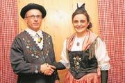 Martin Müller übernimmt das Präsidium der Trachtengruppe Spirigen von Erika Herger. (Bild: Franz Imholz (Spirigen, 13. Januar 2018))