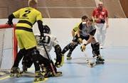 Auch im Rollhockeysport sind Schiedsrichter Mangelware. (Bild: Urs Hanhart (Seedorf, 27. November 2017))