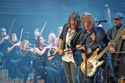 Die Band Foreigner spielt mit dem 21st Century Orchestra im KKL in Luzern. (Bild: Corinne Glanzmann (Luzern, 20. Mai 2017))
