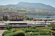 Der Schwyzer Bezirk Küssnacht ist für angrenzende Luzerner Gemeinden ein wichtiges Zentrum. (Bild: Bote der Urschweiz)