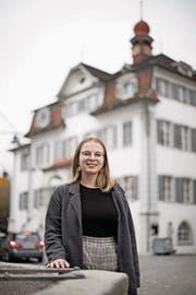 Mirjam Hostetmann (18) ist die jüngste Kantonsratskandidatin. (Bild: Corinne Glanzmann (Sarnen, 20. Februar 2018))