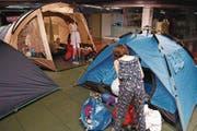An Nachtruhe im Schlafsack in der Zeltausstellung ... (Bild: PD)