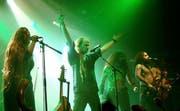 Mystisch, hart und sinnlich - so kennen die Fans ihre Lieblingsband Eluveitie. Hier bei einem Konzert im Jahr 2007 in Paris. (Bild: wikimedia.org / Vassil)
