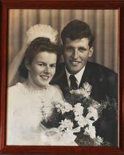 Vor 70 Jahren: Das Ehepaar Niederberger am Tag ihrer Hochzeit. (Bild: Archiv / Neue LZ)