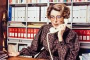Lilian Uchtenhagen, SP-Politkerin, Nationalraetin und Bundesratskandidatin, aufgenommen im November 1983 an ihrem Arbeitstisch. (Bild: KEYSTONE/Euler)