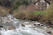 Der Alpbach ist eines der grössten Gewässer in Uri, die noch zur Stromproduktion verwendet werden können. (Bild: Paul Gwerder (21. März 2017))