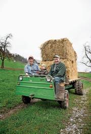 Drei Generationen der Familie Bircher auf dem Schilter senior: Dominik, Urban und Sepp Bircher (von links). (Bild: Corinne Glanzmann (Obbürgen, 21. März 2017))