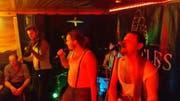 Irish Sound mit den Jungs von Restless Feet in Muotathal. (Bild: Geri Holdener, Bote der Urschweiz)
