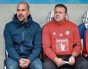 Sitzen nicht ganz sicher im Sattel: FCL-Trainer Markus Babbel (links) und Assistent Patrick Rahmen. (Bild: Martin Meienberger/Freshfocus)