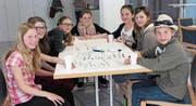 Primarschüler aus elf Gemeinden nahmen an der Urner Kinderkonferenz 2015 in Schattdorf teil und äusserten ihre Wünsche. Bild: PD