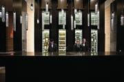 Die Hospentaler Sake-Brauer wollen einst Hotels wie das Hotel The Chedi in Andermatt beliefern. (Bild: Pius Amrein (Andermatt, 9. Dezember 2013))