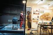 Die umjubelte Basler Inszenierung von Tschechows «Drei Schwestern», komplett in die Gegenwart versetzt. (Bild: Sandra Then/PD)