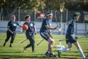 Kämpften um den «Quaffel» und den «goldenen Schnatz»: das Luzerner Quidditch-Team Pilatus Patronus. (Bild: Nadia Schärli (Hägendorf, 7. 10. 2017))