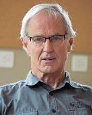 Koni Imhof hat als Primarlehrer Spirgner Schulgeschichte geschrieben. Nach 41 Jahren geht er in den Ruhestand. (Bild: fis (Spiringen, Juni 2017))
