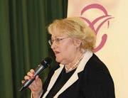 Julia Onken bei ihrem Referat im Rahmen des Frauenzmorge Nidwalden. (Bild: Patricia Helfenstein-Burch (Stans, 4. November 2017))