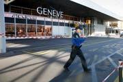 In Genf gab es eine Terrorwarnung. Im Bild: Der Flughafen von Genf. (Bild: Keystone/ Salvatore di Nolfi)