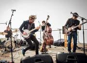 Moes Anthill mit Bandleader Mario Schelbert (Zweiter von links) sorgte für Stimmung. (Bild: PD)