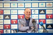 Er will für den FCL die Ärmel nach hinten krempeln: der neue Geschäftsführer Marcel Kälin gestern bei seiner Vorstellung im Mediencenter der Swissporarena. (Bild Roger Grütter)