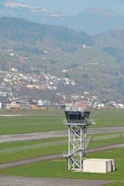 Der Tower auf dem Flugplatz Buochs. (Bild: Geri Wyss (Buochs, 10. März 2014))