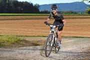 Michael Achermann unterwegs mit dem Mountainbike am Gigathlon. (Bild: Alphafoto.com)