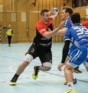 War mit zwölf Treffern der gefährlichste Angreifer: Emmens Topskorer Lukas Huwiler (am Ball).
