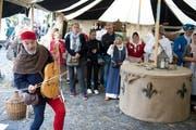 In der Stadt fand rund um die Burg Zug, den Pulverturm und den Huwylerturm das Mittelalterfest statt. (Bild: Maria Schmid / Neue ZZ)