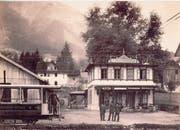 Plakat mit dem Stehlift Fürigen (1940) als Sujet und ein Foto der Talstation der Stanserhornbahn um 1893: zwei historische Bilder aus dem Dossier «Tourismus in Nidwalden». (Bilder: PD)