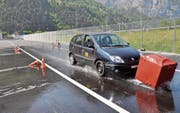 Szenen aus einem Kurs für die Verbesserung der Verkehrssicherheit. (Bild: PD)