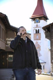 Das Handy von Kirchenratsvizepräsident Peter Vorwerk klingelt zurzeit im Minutentakt. (Bild Urs Hanhart)