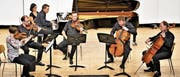 Pianist Benjamin Engeli und Solisten des Bayerischen Rundfunk-Orchesters interpretieren Paul Juons Klaviersextett in c-Moll. (Bild: Romano Cuonz (Sarnen, 29. August 2017))